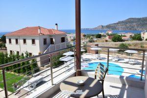 hotel plytra mare suites balcony view